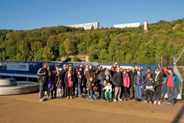 Parcours fluvial d'exception avec un public de familles adhérentes de la MJC de la Confluence