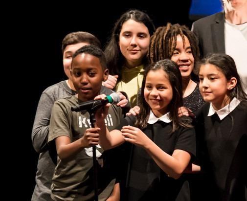 Permettre aux enfants de devenir acteurs du changement tout en développant leur aptitude à créer et collaborer