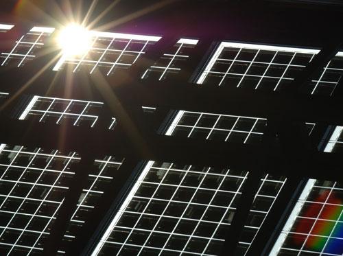 Panneaux photovoltaïques ( vue de dessous)