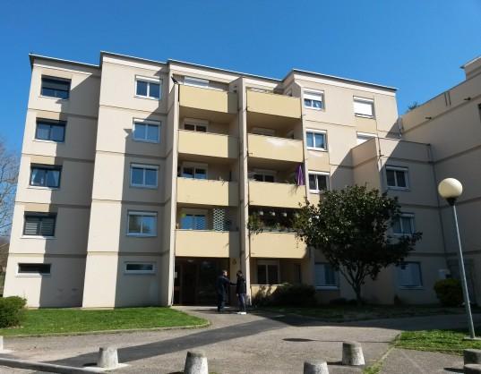 L'ancienne façade des bâtiments